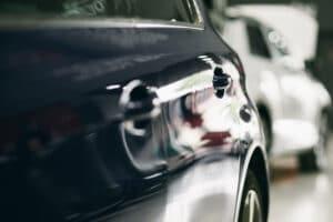 Abolladura en coche