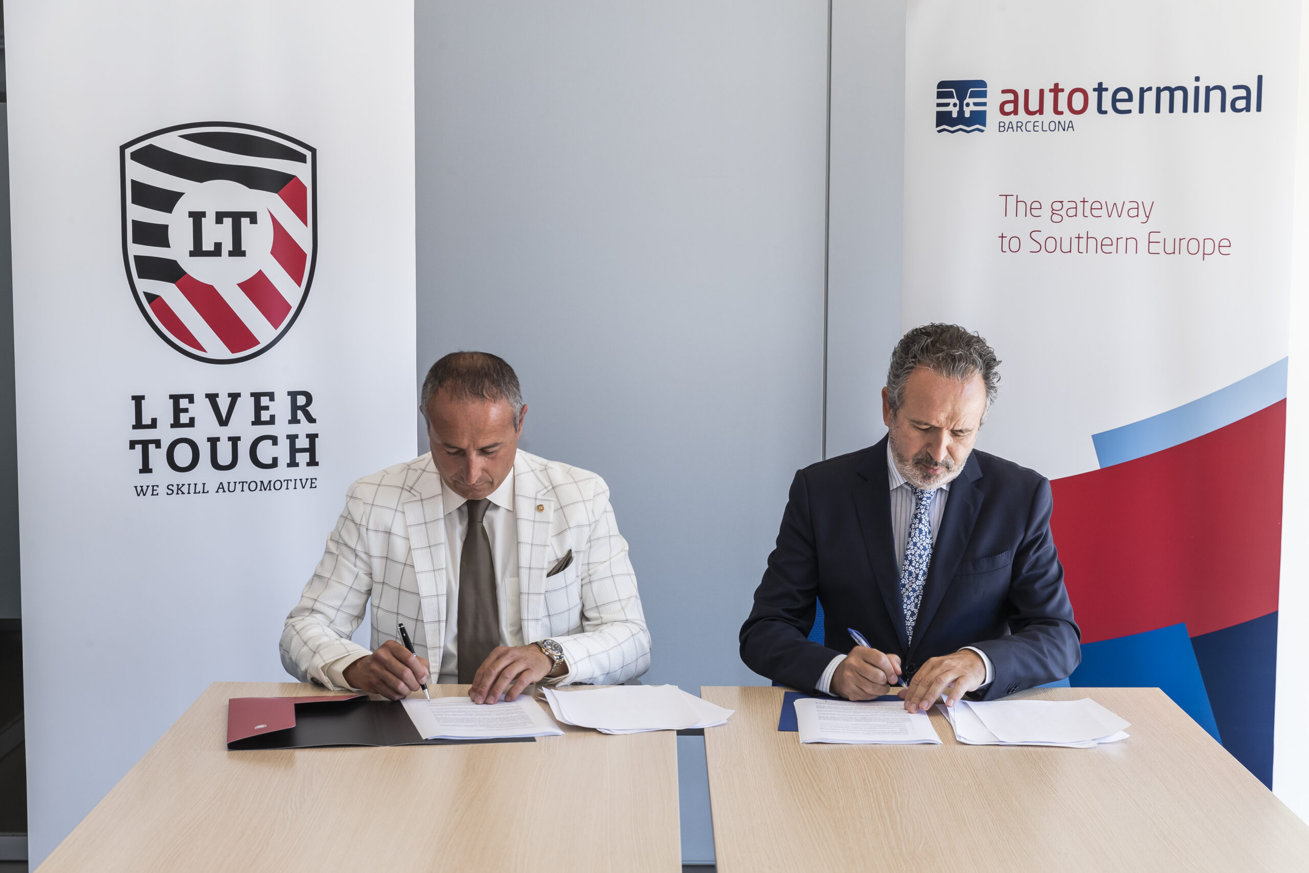 Lever Touch and Autoterminal join forces